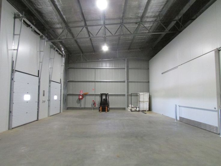Structural steel pack houses for the fruit and vegetable industry.