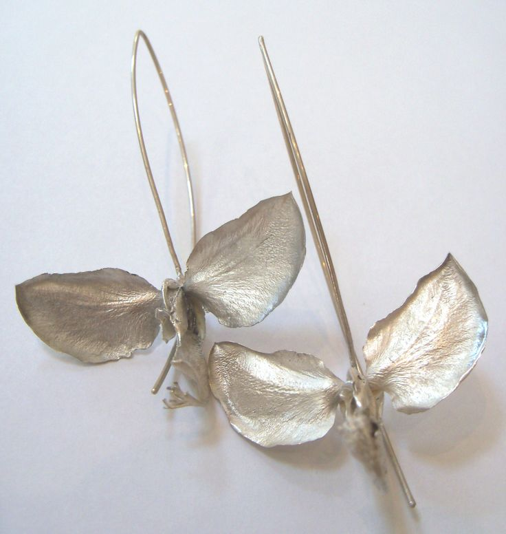 Silver Polygalo Myrtifolia Earrings by Nic Bladen. Artisan Gallery 031 312 4364, info@artisan.co.za