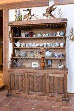 Шкафы под старину, состаренные буфеты и шкафы из массива дерева на заказ, купить деревянный шкаф, цена