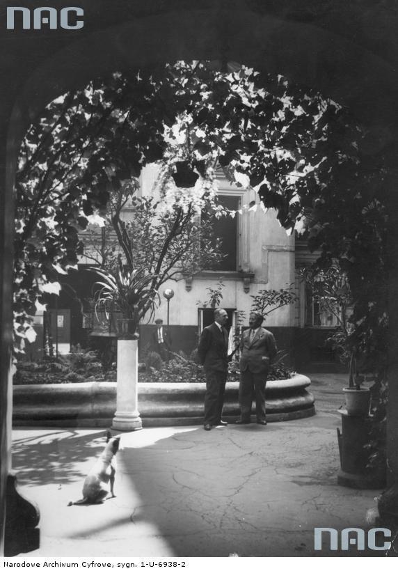 Złota 32, 1932.