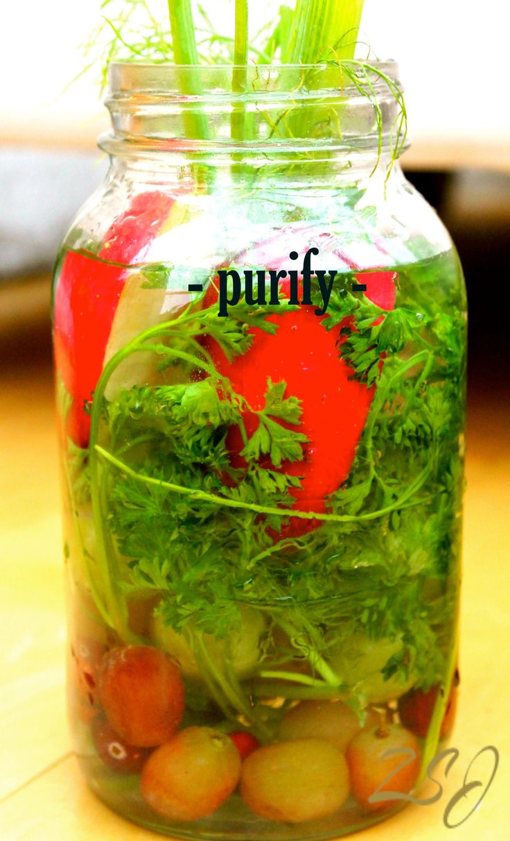 Purify Vitamin Water- This vitamin water is ideal for helping you purify your blood and endocrine system with antioxidant boosting uva ursi and purifying herbs such as mint, lemongrass and hibiscus.