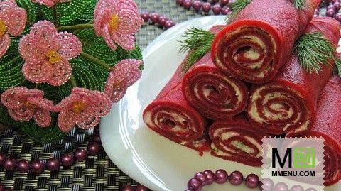 Розовые блинчики с брынзой.
