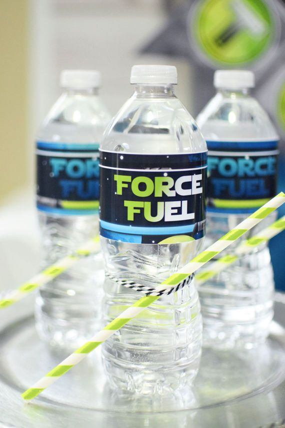 Space Wars Digital Boys Birthday Party Printable Star Wars Water Bottle Wrapper Labels #starwars #drinks