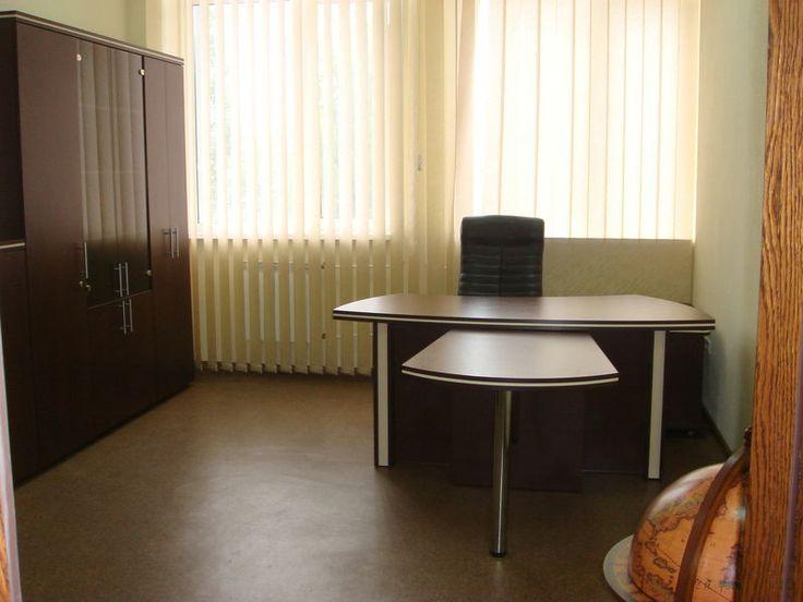 Офисная мебель для кабинета на заказ.