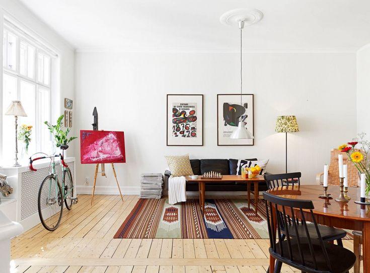 Хипстер-стиль в интерьере  Квартира хипстера — это много свободного пространства, винтажная мебель, виниловые пластинки, графические картины, велосипед. Смотрим и вдохновляемся! А вам нравится такой стиль в интерьере, друзья? #стилиинтерьера #интерьер #хипстер #мебельпарк #тцмебельпарк #mebelpark #румянцево