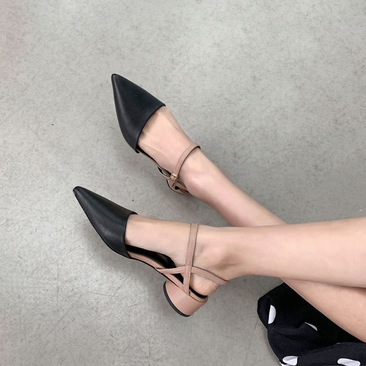 Chiko Maida Pointed Toe Block Heels Pumps