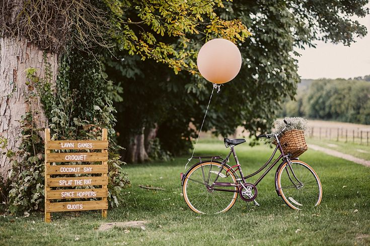 wedding games #rusticweddinginspiration #barnweddings #outdoorweddings