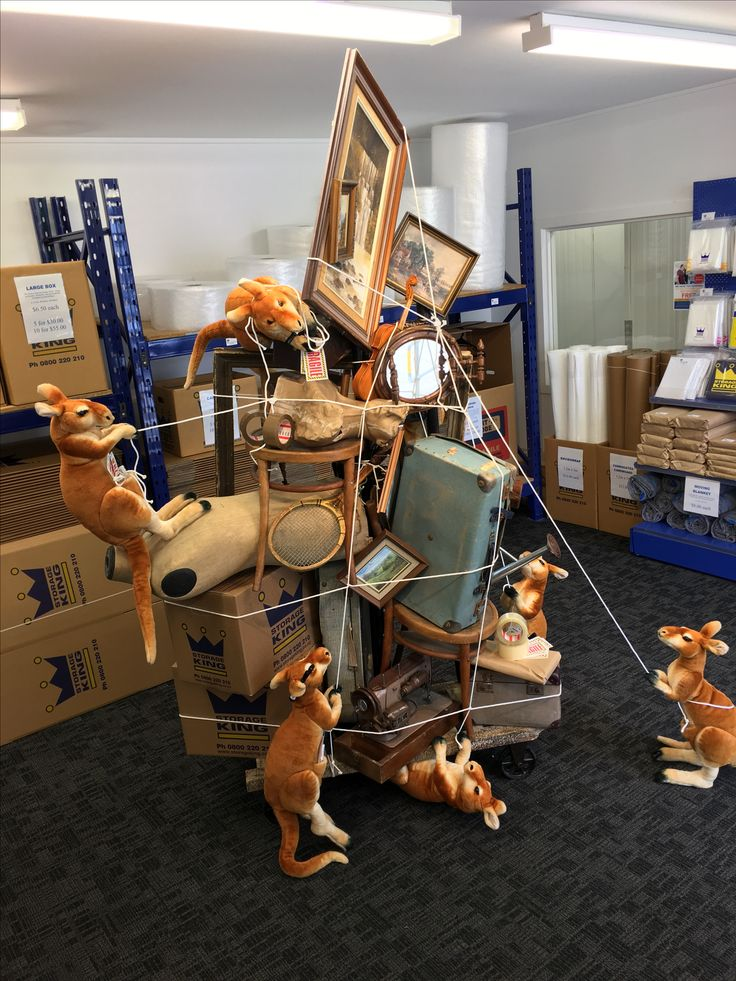 """STORAGE KING, Grey Lynn, Auckland, New Zealand, """"Moving to Australia? We make moving easy..."""", creative by Ton van der Veer"""