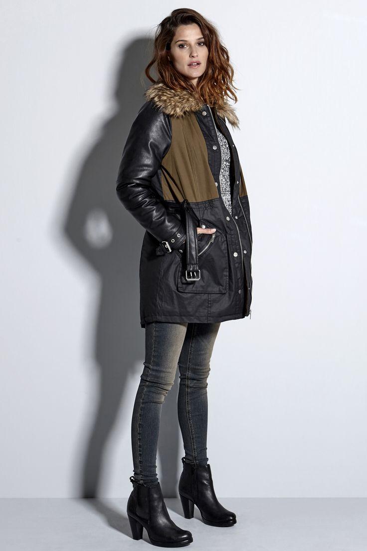 Ocieplana, czarna kurtka ze stylowym wykończeniem, 399 zł na http://www.halens.pl/moda-damska-kurtki-wszystkie-kurtki-31146/kurtka-my-564408?imageId=406838&variantId=564408-0819