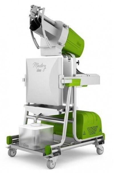 Zumex Mastery Cold Press Juicer