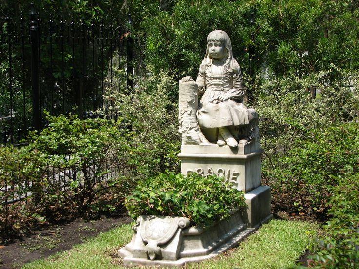Bonaventure Cemetery in SavannahLittle Girls, Easter, Bonaventure Cemetery, Cemetery Savannah, Beautiful, Lead Hotels, Gracie Watson, Fathers, Savannah Georgia