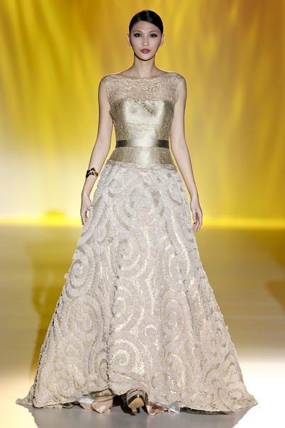 5 abiti da sposa dorati per la primavera estate 2014