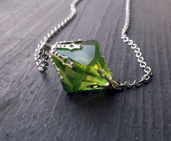 Smallville Lana Kryptonite necklace https://www.etsy.com/listing/155454107/on-back-order-smallville-lana-lang