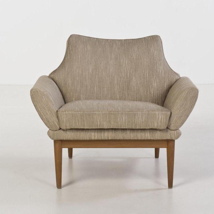 Johannes Andersen; Oak Lounge Chair for Trensum, c1960.