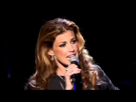 Travel back ten years to when Faith Hill sung of her Mississippi upbringing | Rare