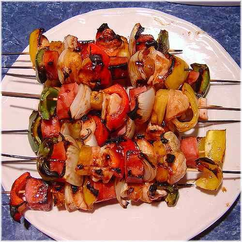 Sticky chicken kebabs (slimming world friendly)