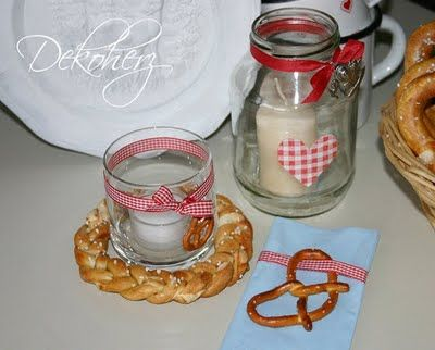 Oktoberfest mini pretzels as tie ons