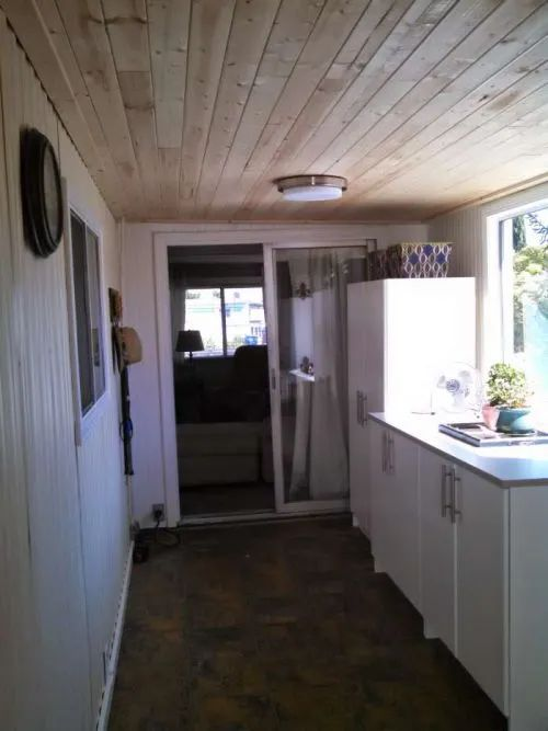 Complete DIY Mobile Home Transformation: Spectacular Shiplap