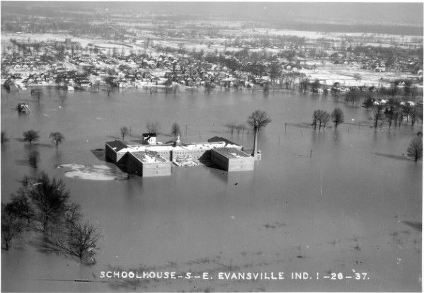 An aerial view of Washington School in Evansville during the 1937 flood.
