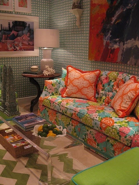 Lilly Pulitzer Blogfest 2011 via #lizorgeraLilly Sofas, Apartments Ideas, Lilly Pulitzer, Pulitzer Lillypulitzer