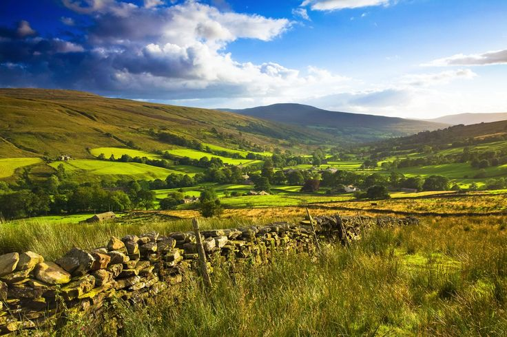 The Rolling Hills Of Yorkshire... 11 Photos That Will Make You Want To Visit Yorkshire! - Hand Luggage Only - Travel, Food & Home Blog