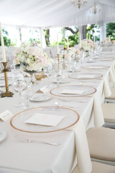 Gorgeous table: http://www.stylemepretty.com/south-carolina-weddings/charleston/2015/03/26/from-say-yes-to-the-dress-to-an-elegant-wedding-at-lowndes-grove/   Photography: Jennifer Bearden - http://jenniferbearden.com/