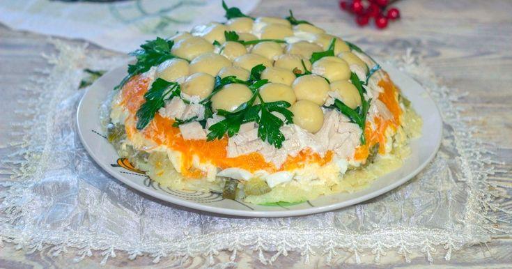 Салат Грибная поляна с курицей   Рецепт   Идеи для блюд ...