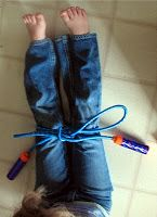 Learning to tie shoelaces on a larger scale - perfect for kindergartners to see each step. {brilliant}