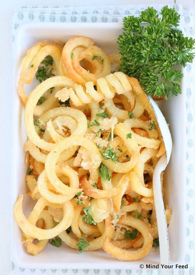Truffel peterselie frietjes met Parmezaan - Mind Your Feed