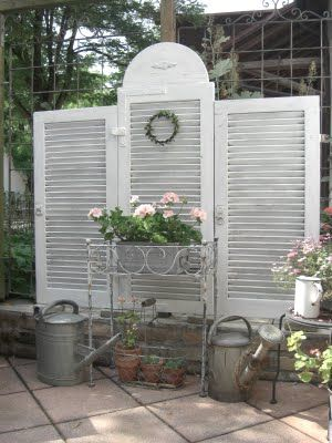 Re-purposed shutters as a garden screen: Gardens Ideas, Privacy Fence, Old Shutters, Privacy Screens, Yard, White Shutters, Outdoor, Old Doors, Irons Doors