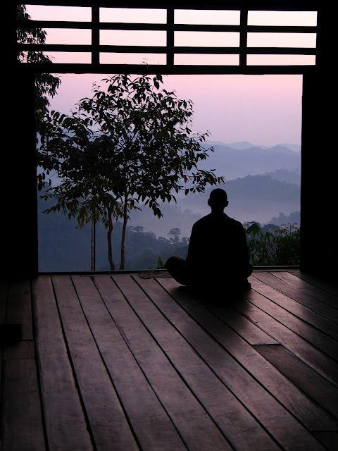 buddhabe:    Meditation in Thailand