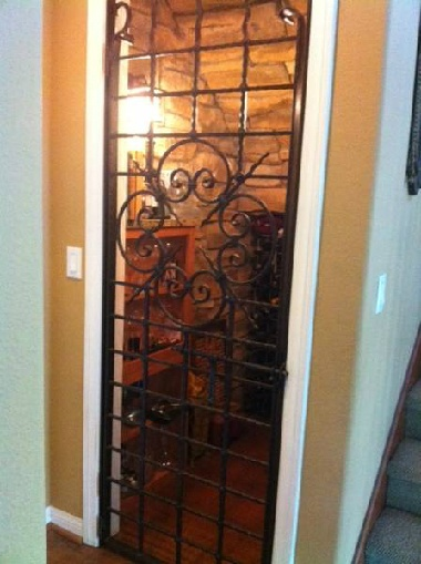 Turn a closet into a wine cellar house ideas pinterest for Turn closet into wine cellar