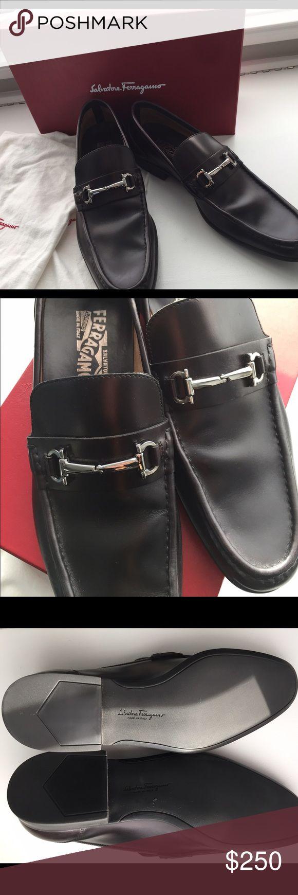 NWT Salvatore Ferragamo Men's black dress shoe. NWT Salvatore Ferragamo Men's black dress shoe. Size 10.5  An absolutely beautiful men's shoe!! Salvatore Ferragamo Shoes Loafers & Slip-Ons