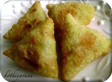 Tuna Samosa Recipe - Tuna Stuffed Savoury Pastries Recipe - Kothiyavunu.com