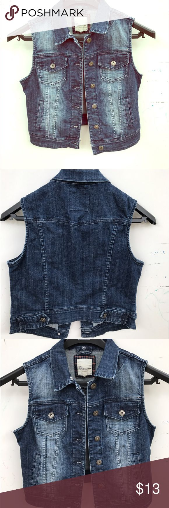 Sleeveless Jean jacket Sleeveless Jean jacket in size M! Fits a Small! Jackets & Coats Jean Jackets