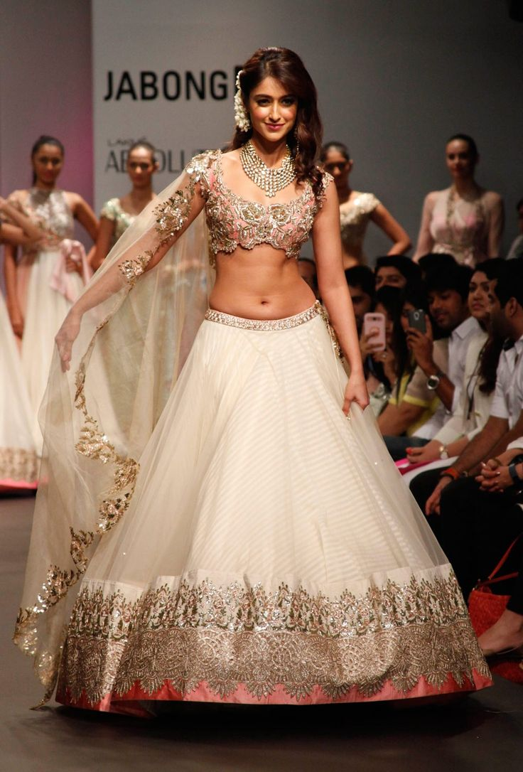 Iliana D'Cruz Off White bollywood replica designer net fabric bridal lehnga  B15401