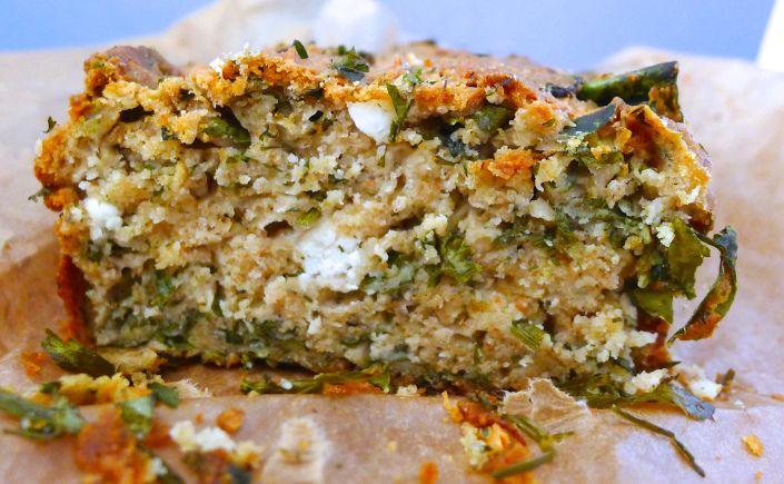 Αλμυρό κέικ με σπανάκι και kale