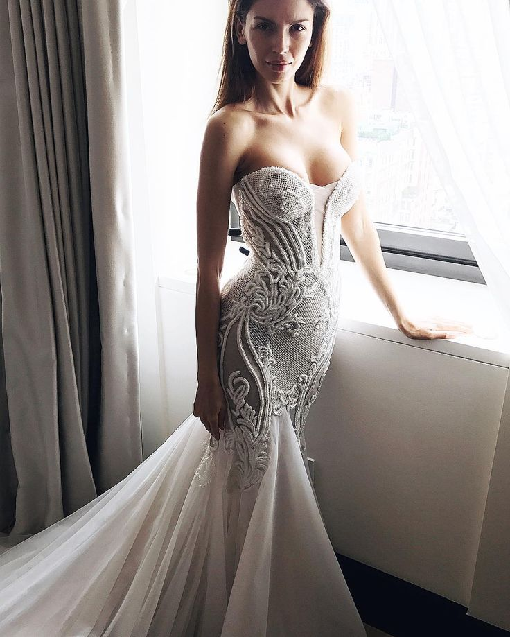 Australian Couturier Bridal + Fashion S Y D N E Y. P E R T H. International Stockists U S A. U K. E U R O P E SNAPCHAT // pallascouture