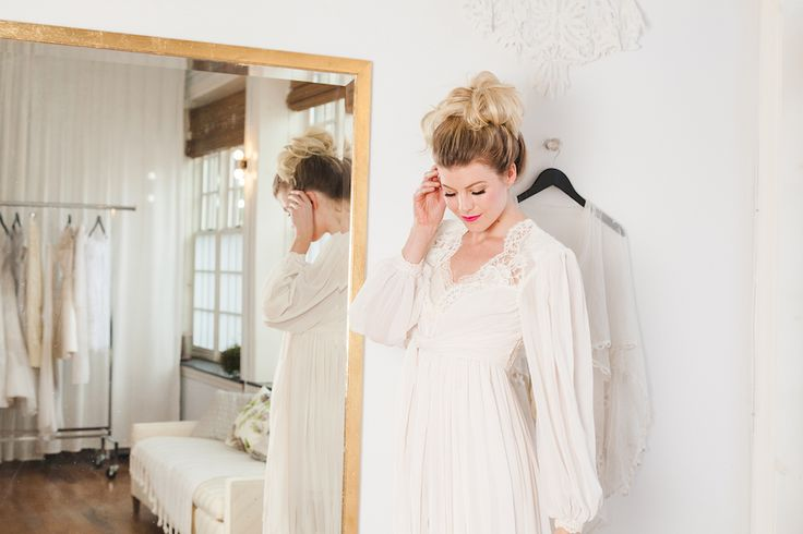 tousled bun wedding hair 4 Ways to Style Tousled Hair on Your Wedding Day | DARLING