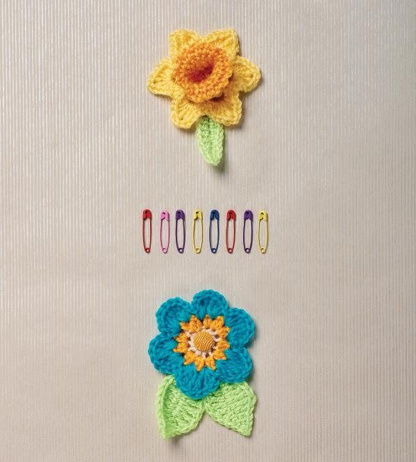 Crochet Zinnia Flower Pattern : Meer dan 1000 afbeeldingen over Crochet projects - flower ...