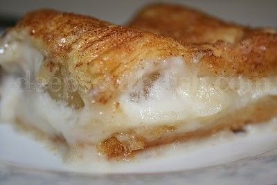 Pinner says: Took me two days to find this.  I will be making this next.  Crescent dough, apple pie filling, cream cheese, cinnamon and sugar. - Click image to find more popular food & drink Pinterest pins
