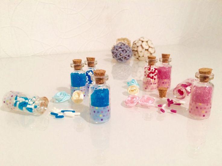 20x Lavendel Gastgeschenk Hochzeit Mini Flaschen mit Kork und Spitze  | eBay