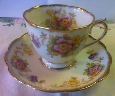 Royal Albert tea cup and saucer set