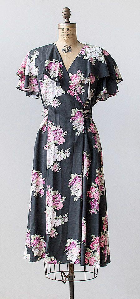 vintage 1970s black violet floral ruffle dress | #vintage #vintagedress #floral