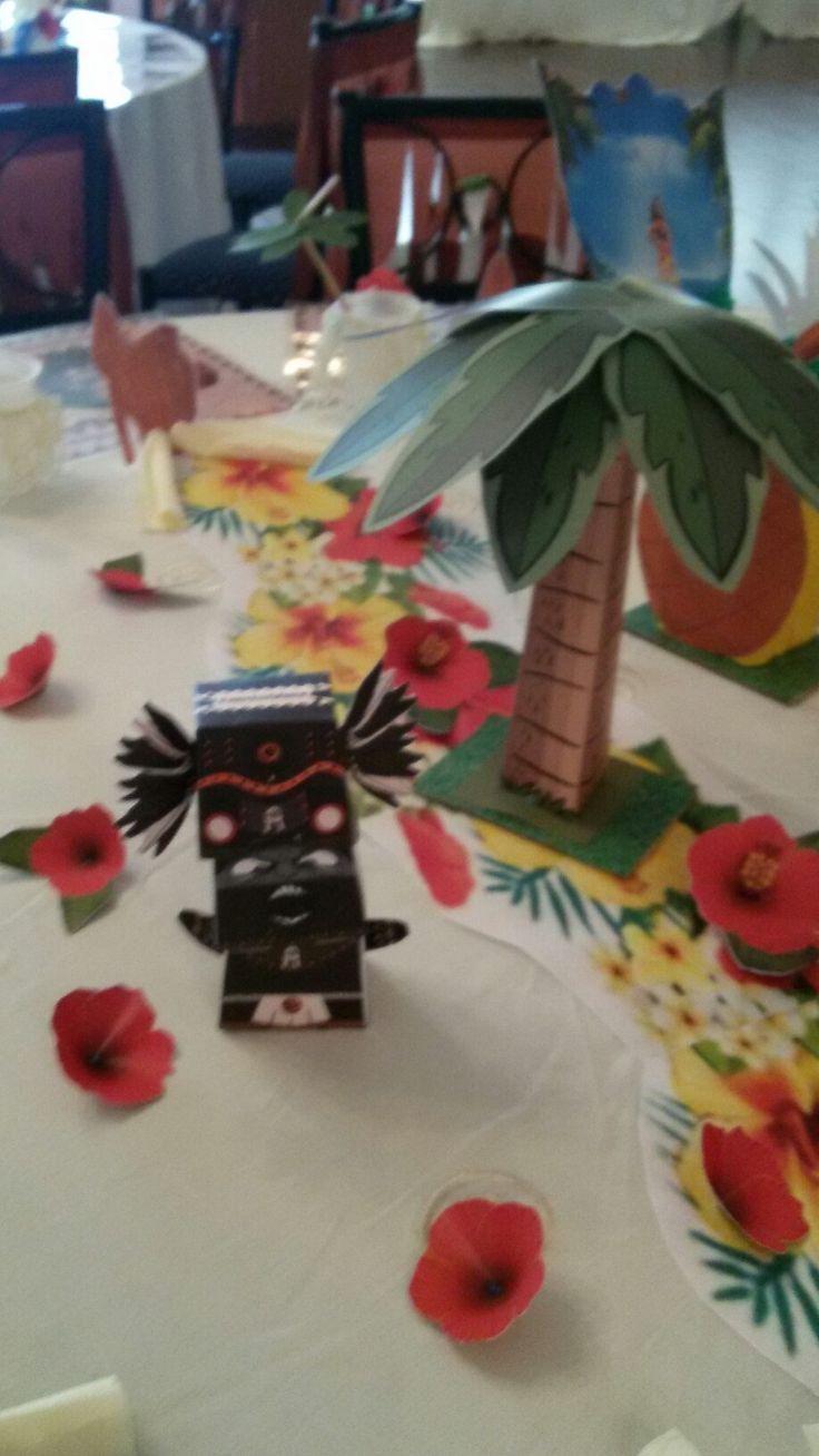 VAIANA  table decorations