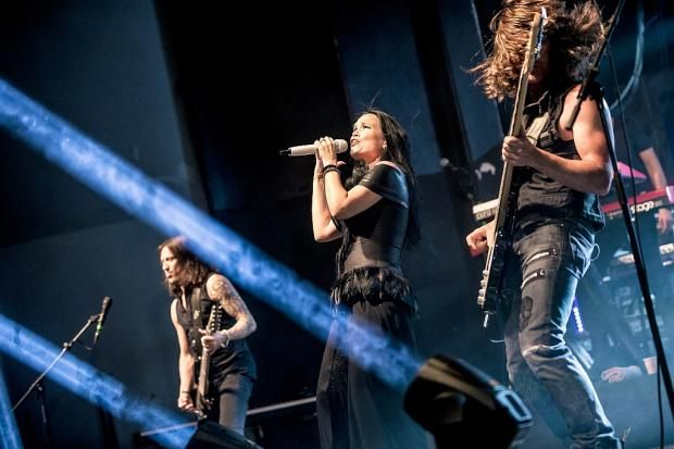 Tarja Turunen, Alex Scholpp, Max Lilja and Kevin Chown live at Capitol Hanover, Germany. The Shadow Shows, 07/10/2016 #tarja #tarjaturunen #theshadowshows #tarjalive PH: Jeff Kahra Photography https://www.facebook.com/jeffkahraphotography/ for Rockzene https://www.rockszene.de/