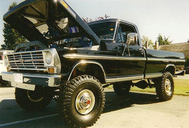 1969 Ford Ranger F-250 4x4 Pickup Truck