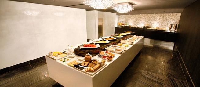 Breakfast Buffet - African Pride 15 on Orange Hotel