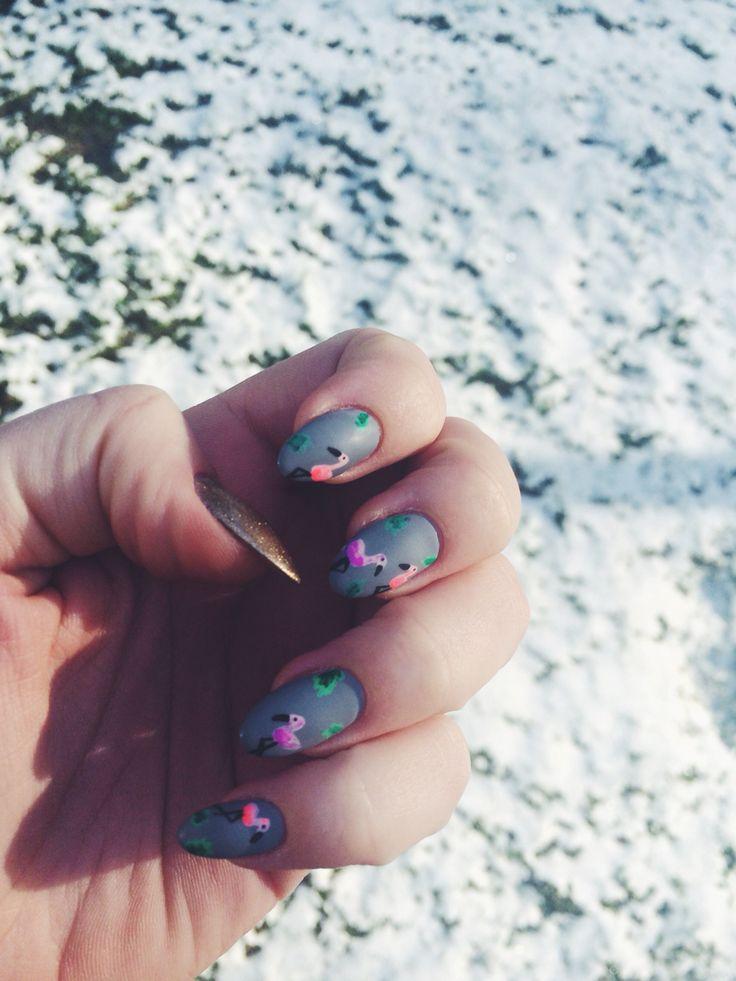 Pink flamingos #nailart #nails