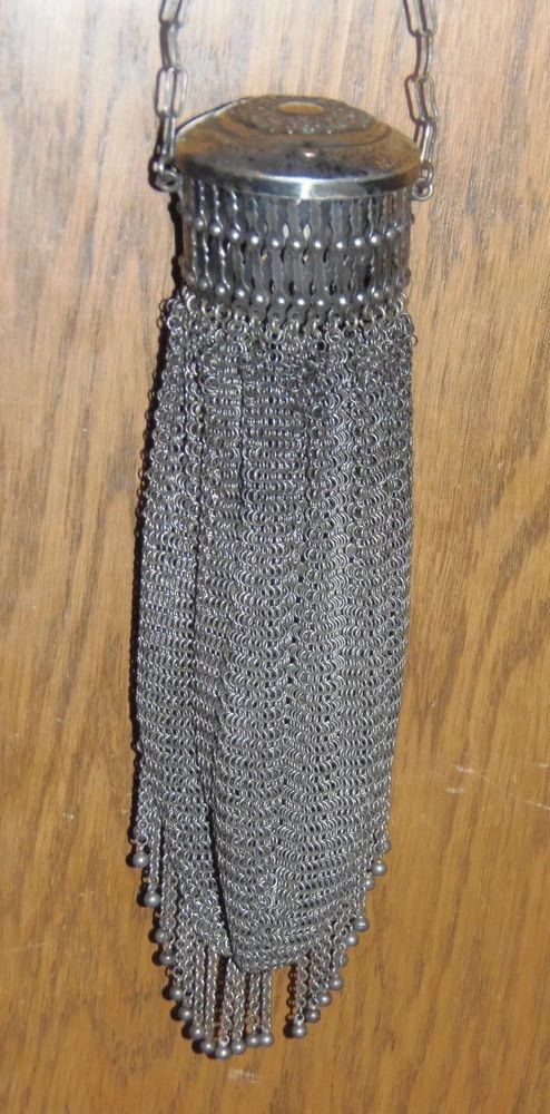 RARE Vintage Victorian German Silver Ladies Mesh expandable purse with compact